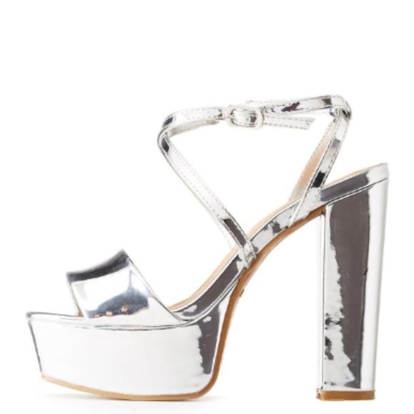 9d5b81e937c NIB Bamboo Silver Metallic Platform Sandals Heels